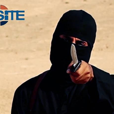 'Jihadi John' em mais um vídeo liberado pelo Estado Islâmico Foto: HANDOUT / REUTERS