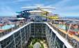 Projeto do futuro Harmony of the Seas, navio de cruzeiros que será o maior do mundo quando for lançado, em 2016