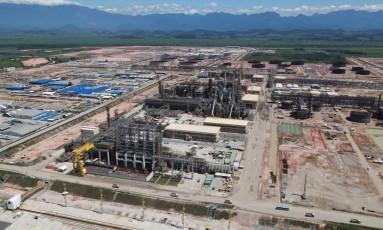 O Comperj, maior obra em atividade da Petrobras, também teve contratos alterados que causaram prejuízos à estatal Foto: Genilson Araújo/21-3-2014