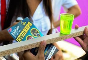 Foto de divulgação das competições com bebida alcoólica usada nas redes sociais da festa Foto: Facebook / Reprodução