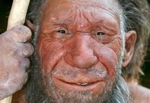 Imagem mostra reconstrução de neandertal em Bonn, na Alemanha Foto: EFE/Scheidemann/Carstensen