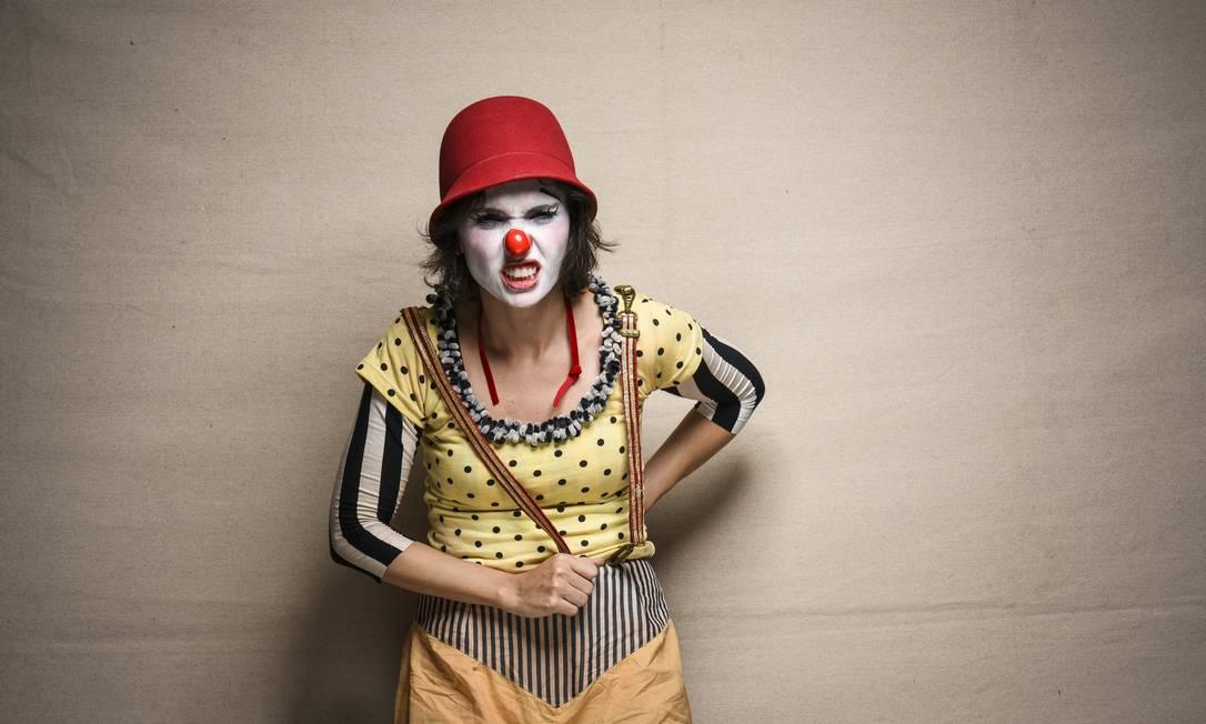 Débora Falabella caracterizada para a série Foto: Divulgação