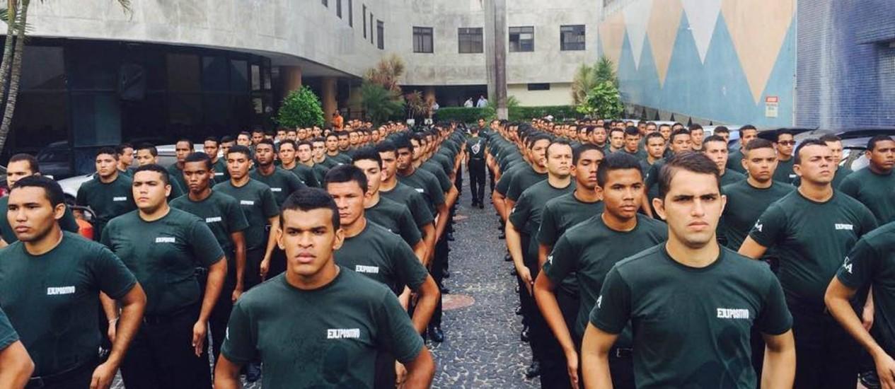 Foto dos chamados Gladiadores do Altar, postada no Facebook pela Igreja Universal do Ceará Foto: Reprodução