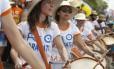 Desfile do Rio Maracatu na Orla de Ipanema no carnaval 2015 Foto: Ana Branco / Agência O Globo