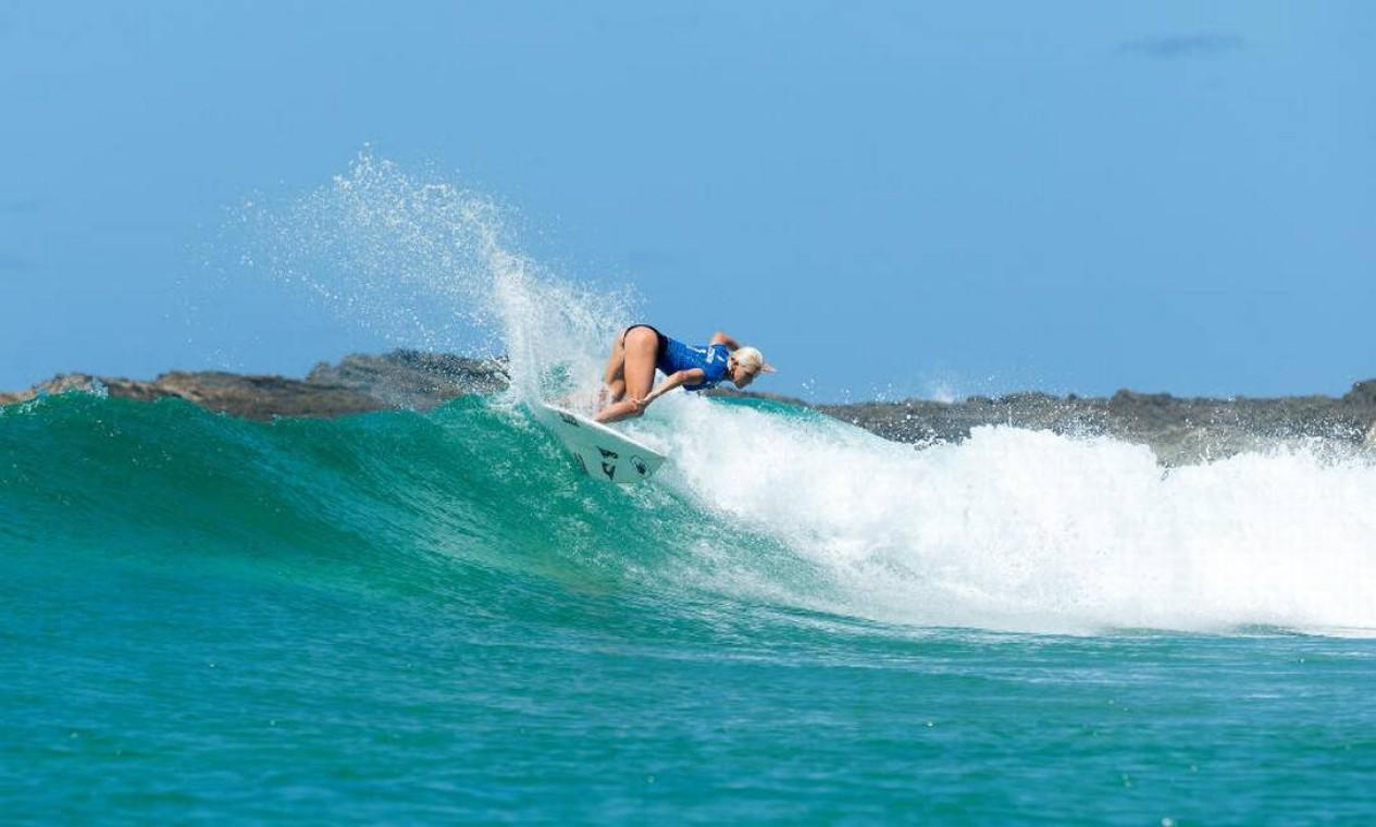 Tatiana, que compete pelo Havaí, derrotou a... Foto: Divulgação/WSL