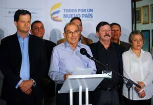 Humberto de la Calle, chefe negociador do governo, anuncia plano em Havana Foto: AFP/YAMIL LAGE