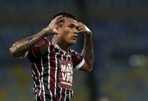 Kenedy está sendo negociado pelo Fluminense Foto: Cezar Loureiro / Agência O Globo