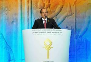 Presidente egípcio Abdel-Fattah el-Sissi, durante o discurso de abertura da Conferência de Desenvolvimento Econômico do Egito, em Sharm El-Sheik Foto: Uncredited / AP