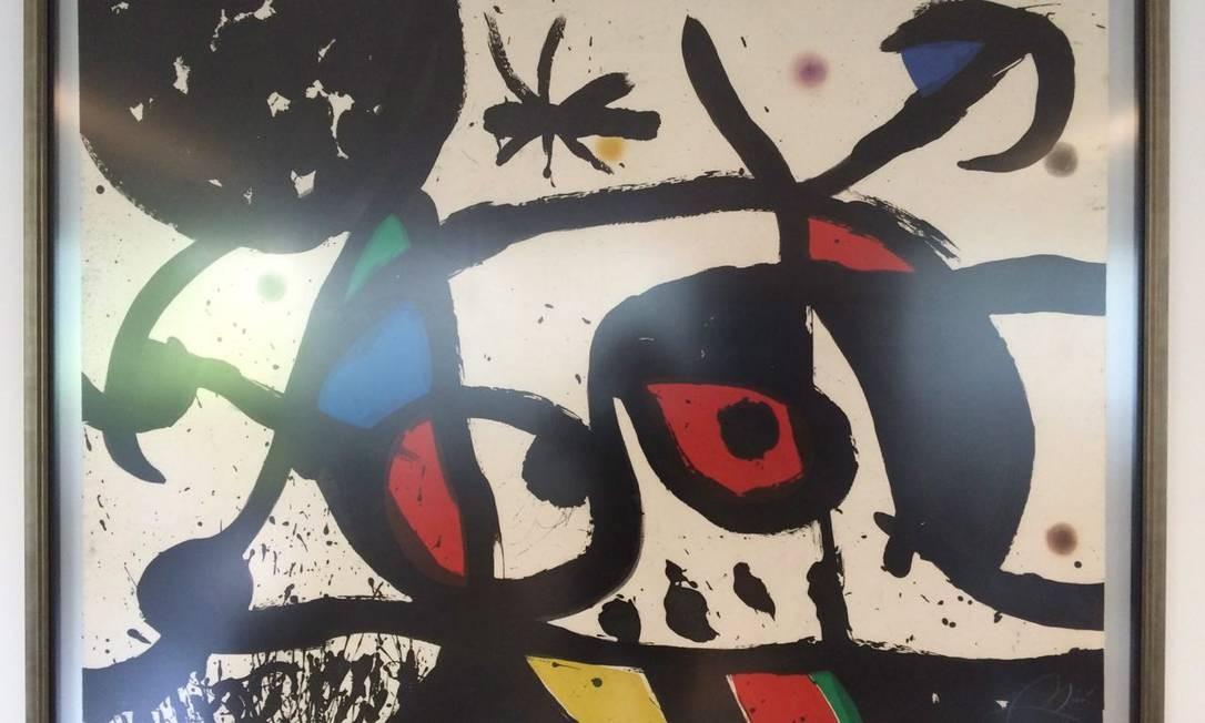 Durante o cumprimento da ordem de prisão de Renato Duque, 131 obras de arte foram apreendidas na casa do ex-diretor de Serviços da Petrobras Foto: PF / Divulgação