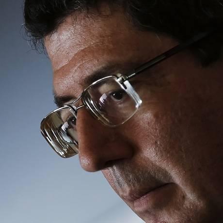 Cota de sacrifício. Em reunião com a bancada do PT, o ministro da Fazenda, Joaquim Levy, disse que todos acham que o ajuste fiscal é ótimo, menos na parte que os afeta Foto: Reuters/16-03-201 / Nacho Doce