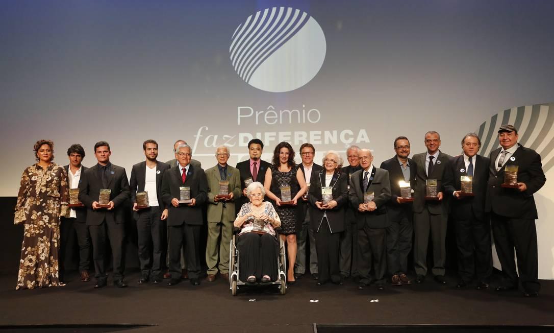 Os vencedores do 12º Prêmio Faz Diferença, promovido pelo GLOBO Foto: Pablo Jacob / Agência O Globo
