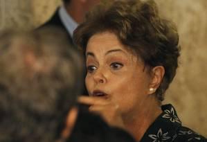 Dilma negou reforma ministerial em cerimônia em Brasília Foto: Jorge William / Agência O Globo
