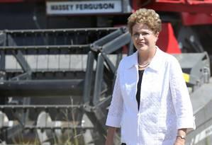 Dilma Rousseff durante a abertura da colheita do arroz ecológico em Eldorado do Sul Foto: Pedro H. Tesch / Brazil Photo Press