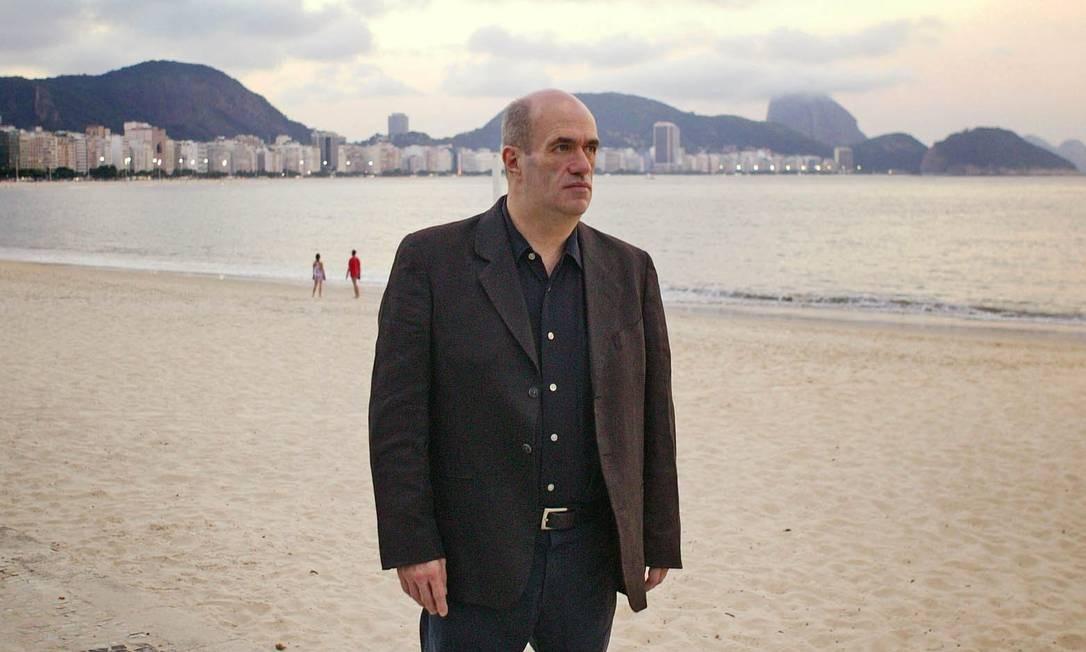 Autor lança novo romance no país em junho Foto: Leonardo Aversa