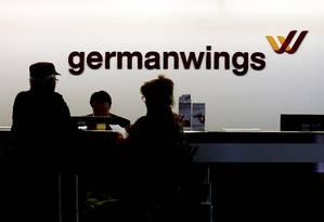 Guichês da Germanwings em Colônia Foto: WOLFGANG RATTAY / REUTERS