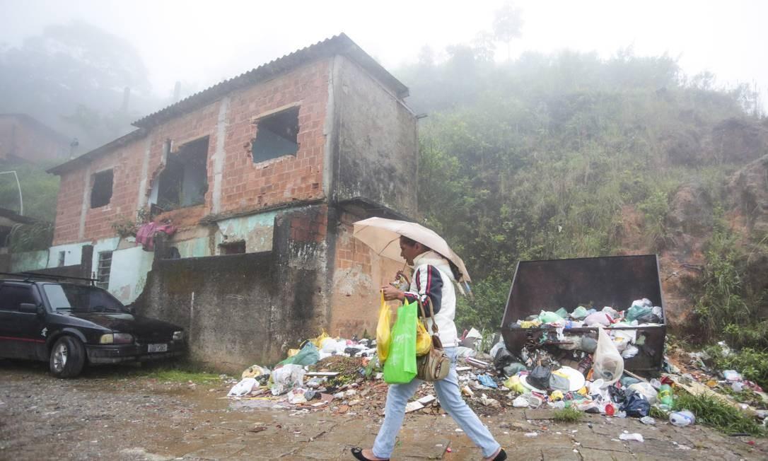 O prefeito de Petrópolis é réu em quatro ações por improbidade. Ele está recorrendo ao STJ Foto: Pedro Kirilos / Agência O Globo