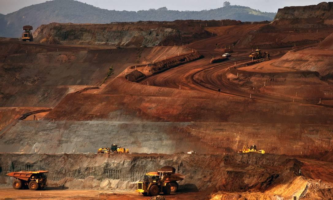 Operação na mina de Brucutu em Barão de Cocais, Minas Gerais Foto: Dado Galdieri / Bloomberg