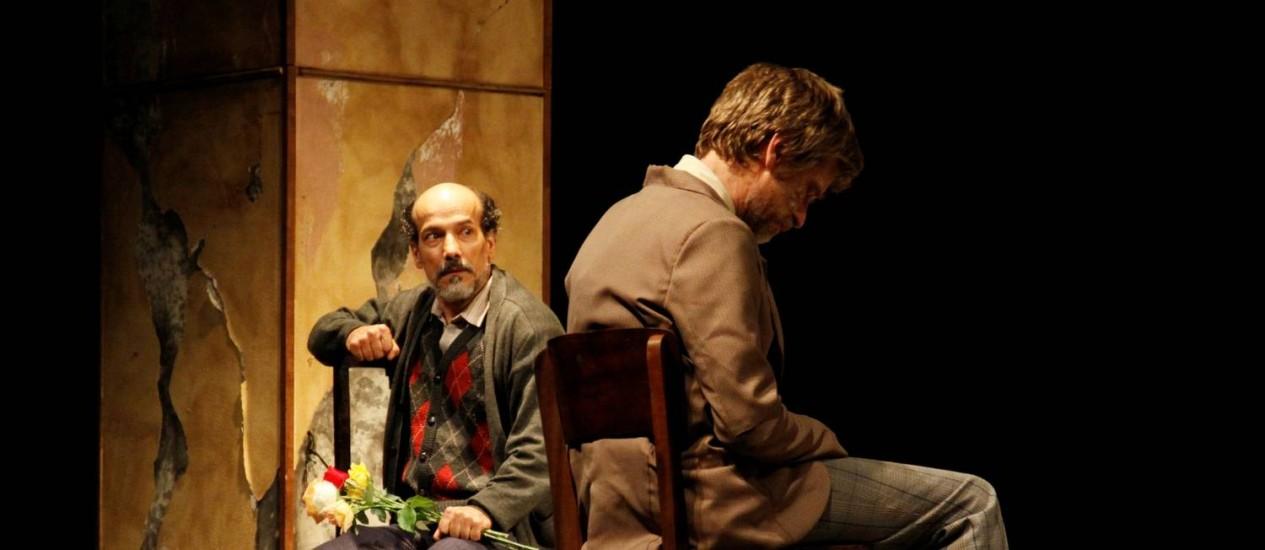 Apresentada no Rio em 2011, peça do Galpão com Antonio Edson e Paulo André volta ao Sesc Ginástico Foto: Divulgação / Elenize Desgenis