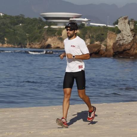 Pedro Dantas disputa a prova mais difícil, de 4 mil metros Foto: Agência O Globo / Eduardo Naddar