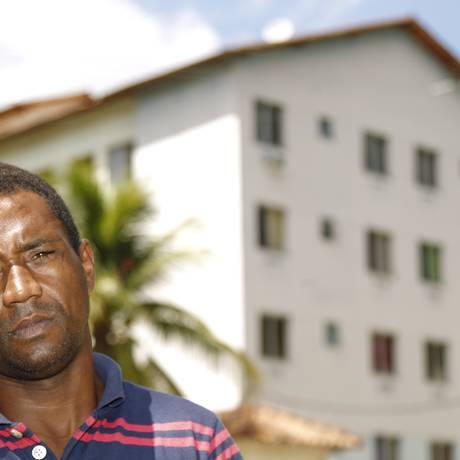 Jair dos Santos, que perdeu a casa e a família na tragédia do Morro do Bumba Foto: Guilherme leporace / Agência O Globo
