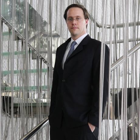 Para Rudolf Gschliffner, investimento em papéis prefixados deve ser feito com prazo mais longo Foto: Michel Filho