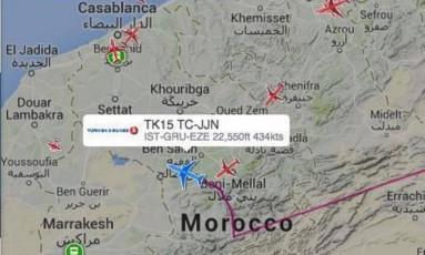O voo com destino a São Paulo é desviado para Casablanca Foto: Reprodução Planefinder.net