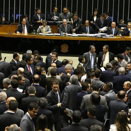 Sessão da Câmara que aprovou o Projeto de Lei 7924/14, da Defensoria Pública da União Foto: Ailton de Freitas / Agência O Globo
