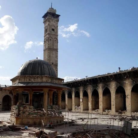 A Mesquita Umayyad, do século XII, em Aleppo, é parte do patrimônio histórico sírio atingido pela guerra Foto: Anonyomous / AP