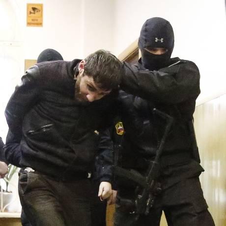 Zaur Dadayev, acusado pelo assassinato do opositor russo Boris Nemtsov diz ter confessado o crime sob tortura Foto: MAXIM SHEMETOV / REUTERS
