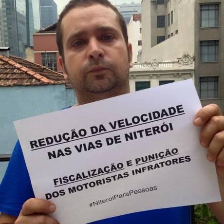 O ciclista Luís Araújo, um dos organizadores do protesto. Foto: Divulgação
