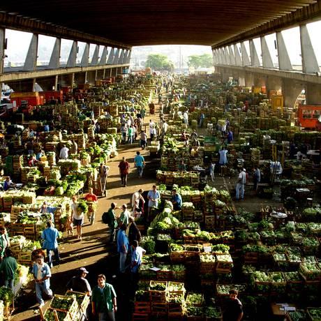 Ceagesp em SP: 12 mil toneladas de produtos são vendidos diariamente Foto: Divulgação/Ceagesp