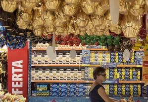 Excesso de chocolate nas prateleiras força redução de preço Foto: Leo Martins / Leo Martins