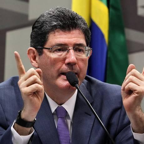 O ministro da Fazenda, Joaquim Levy, fala na Comissão de Assuntos Econômicos (CAE) do Senado Foto: Agência O Globo
