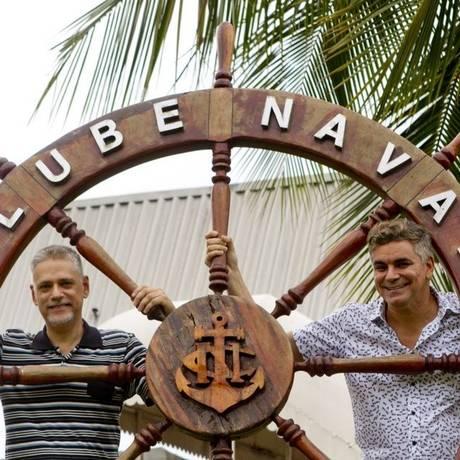 No comando. Fernando Molinari e Robert Guimarães são os idealizadores da alternativa Babilônia Feira Hype Foto: Freelancer / Fotos de Bia Guedes