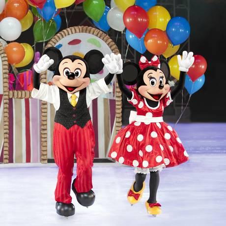 Mickey e Minnie, principais personagens da Disney, que agora investe em fantasy games