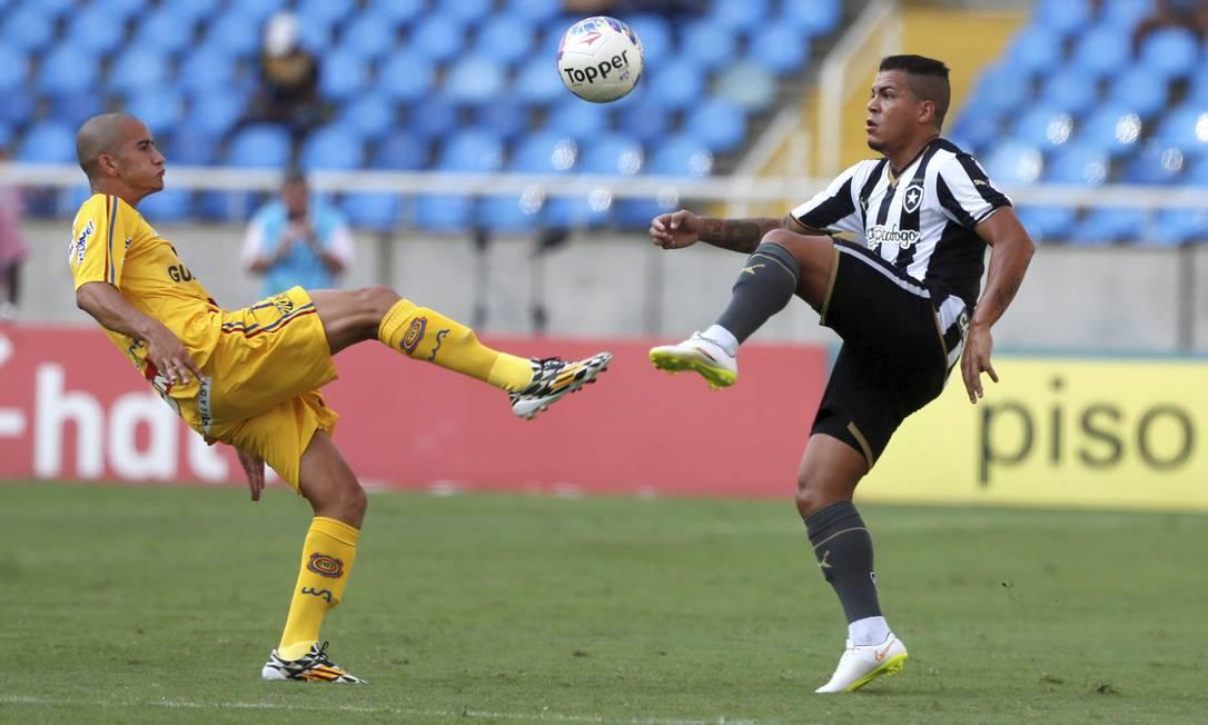 Botafogo e Madureira jogam pelo Campeonato Carioca no Estádio Nilton Santos Agência O Globo