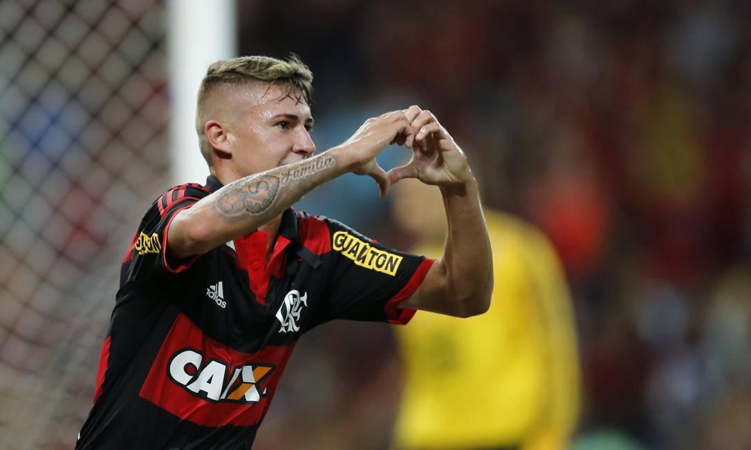 Matheus Sávio fez o terceiro gol do jogo Alexandre Cassiano / Agência O Globo