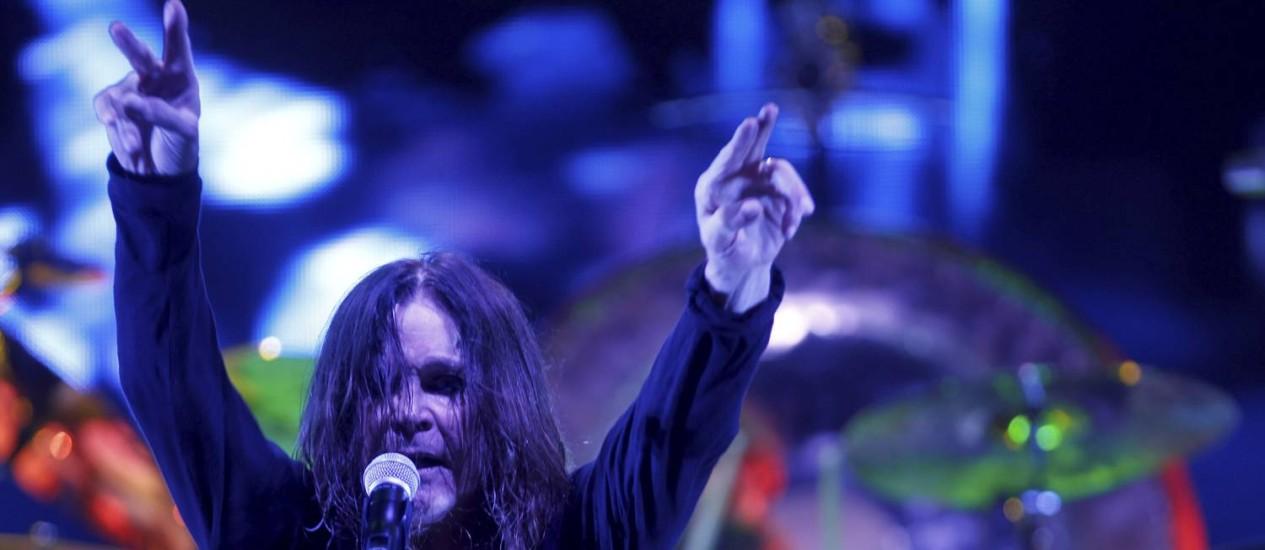 Ozzy Osbourne durante show do Black Sabbath na Praça da Apoteose, no Rio, em 2013 Foto: Guilherme Leporace / O Globo