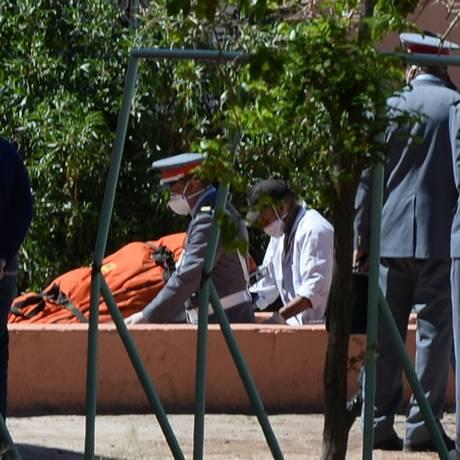 Corpo de um dos espeleólogos mortos após atraso em resgate Foto: FADEL SENNA / AFP