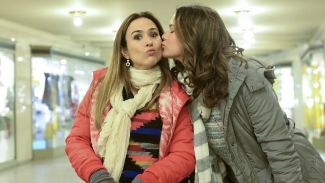 Bruna Marquezine e Tatá Werneck gravam em Nova York Foto: TV Globo/Ze Paulo Cardeal