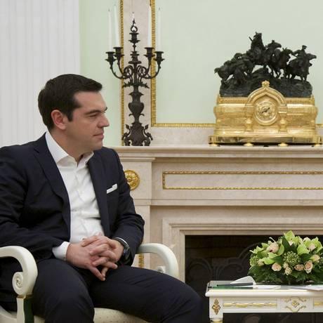 Alexis Tsipras, premier grego, e Vladimir Putin, presidente russo, reúnem-se no Kremlin Foto: Alexander Zemlianichenko/Pool/Reuters