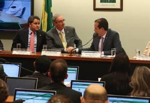Presidente da Câmara dos Deputados Eduardo Cunha compõe a mesa junto aos deputados Bruno Covas (PSDB-SP), Efraim Filho (DEM-PB), André Moura (PSC-SE) e Margarida Salomão (PT-MG), eleitos terceiro e primeiro vice-presidentes, presidente e segunda vice-presidente da comissão respectivamente Foto: André Coelho / O Globo