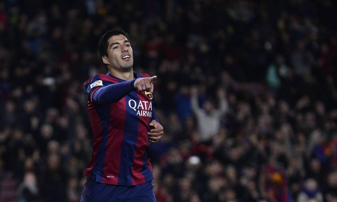 O artilheiro da noite foi o uruguaio Luis Suárez, autor de dois gols Manu Fernandez / AP