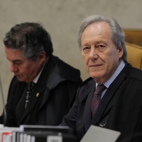 dfsdfs. Os ministros Marco Aurélio Mello e Lewandowski Foto: Ailton de Freitas / Agência O Globo