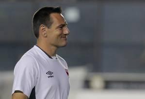Doriva diz que o Vasco precisará ser consistente para derrotar o Flamengo na semifinal Foto: Marcelo Theobald / Extra
