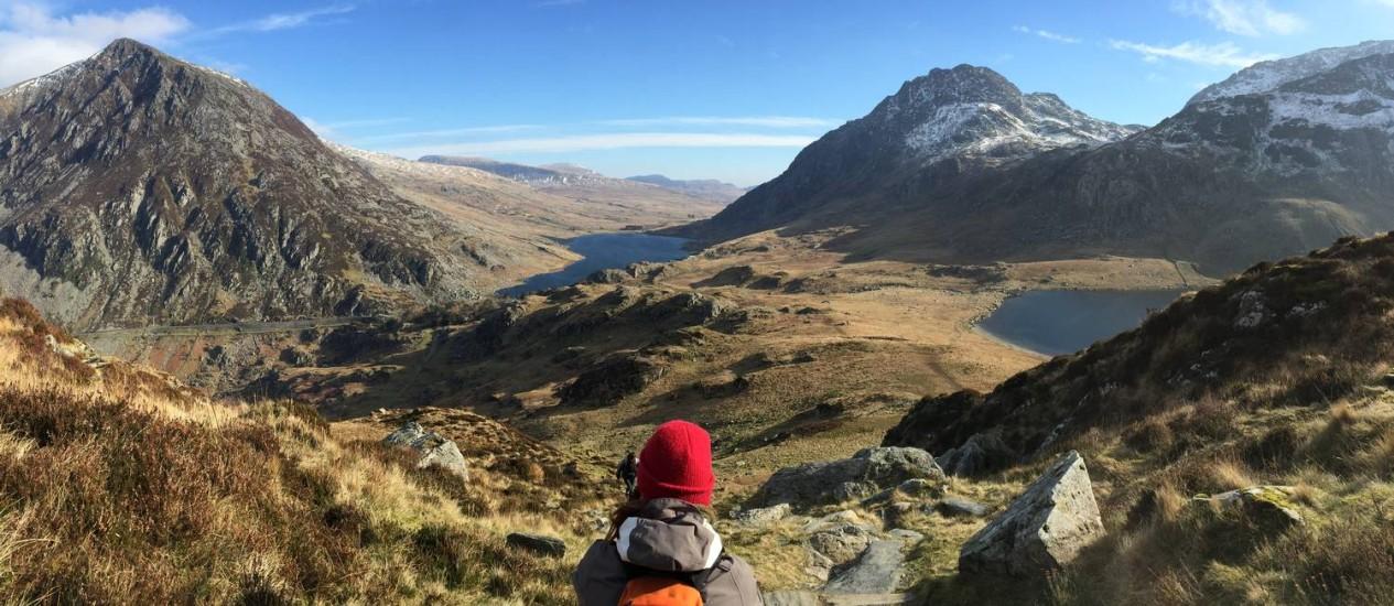 Vista para os lagos Ogwen e Idwal, no Parque Nacional de Snowdonia, no País de Gales Foto: Ricardo Largman