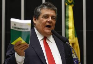 Deputado Silvio Costa (PSC-PE), vice-líder do governo Foto: André Coelho / O Globo 09/04/2015