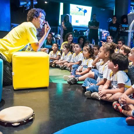 Eventos utilizam música e artes cênicas para ensinar aos pequenos Foto: Agência O Globo / Katarine Almeida