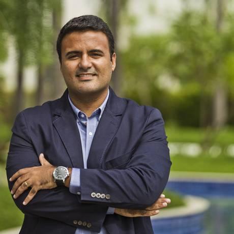 """Marca de relógio Oversized foi desenvolvida para homens. Hugo Dias descreve como """"cheia de testosterona"""" Foto: Guilherme Leporace / Agência O Globo"""