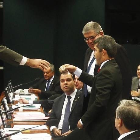 Hamster capturado na CPI da Petrobras Foto: Jorge William/09-04-2015 / Agência O Globo